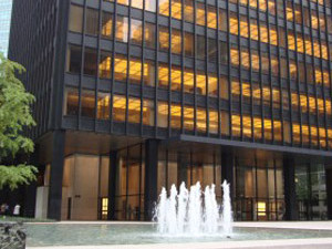 Extruded Bronze Curtain Wall in Seagram Building